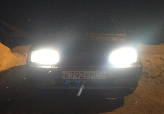 Как на ВАЗ-2114 поменять лампочку ближнего света: фото и видео