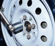 Как поменять задний ступичный подшипник на ВАЗ-2114: видео, фото
