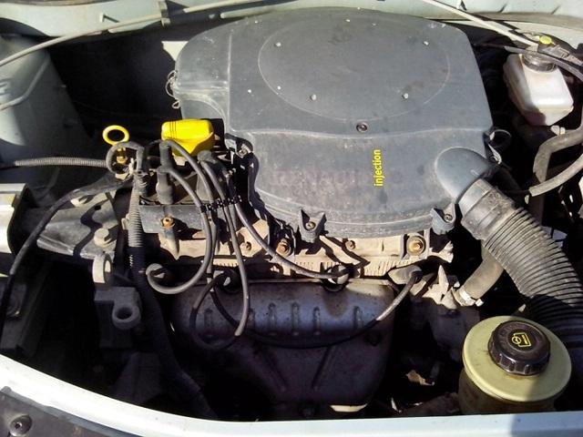 Расход топлива на 100 км на Рено Логан: норма расхода бензина