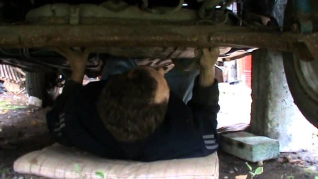 Как снять и заменить топливный бак на ВАЗ-2110: фото и видео