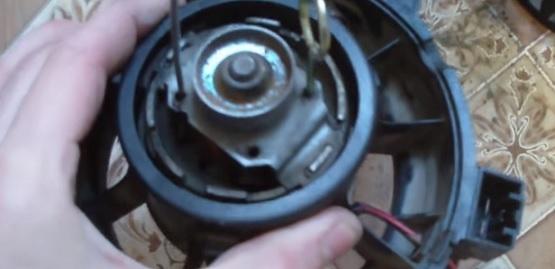 Снятие и замена вентилятора печки на Пежо 307: фото и видео