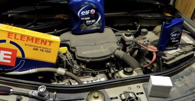 Замена масла в двигателе Рено Логан: пошаговая инструкция, советы и фото
